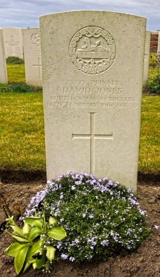 Gwalia - David Jones headstone face
