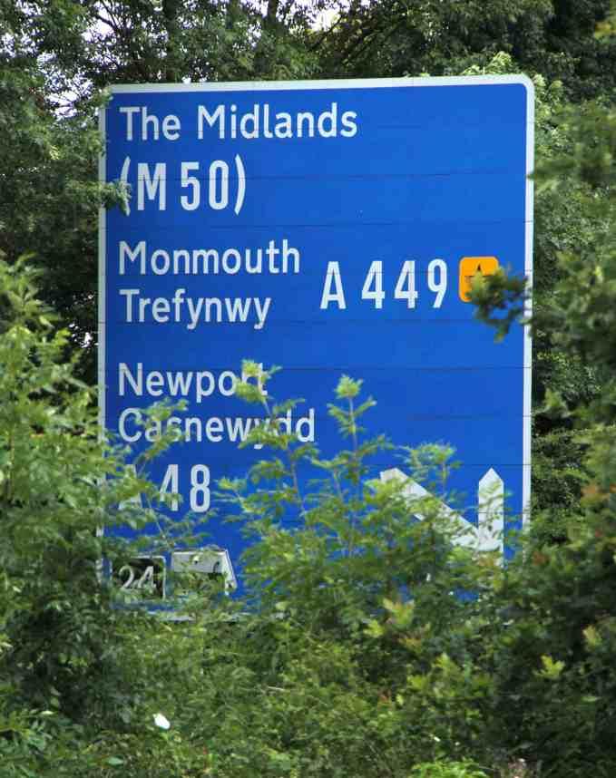 M4 large sign