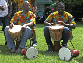 MF African drummers