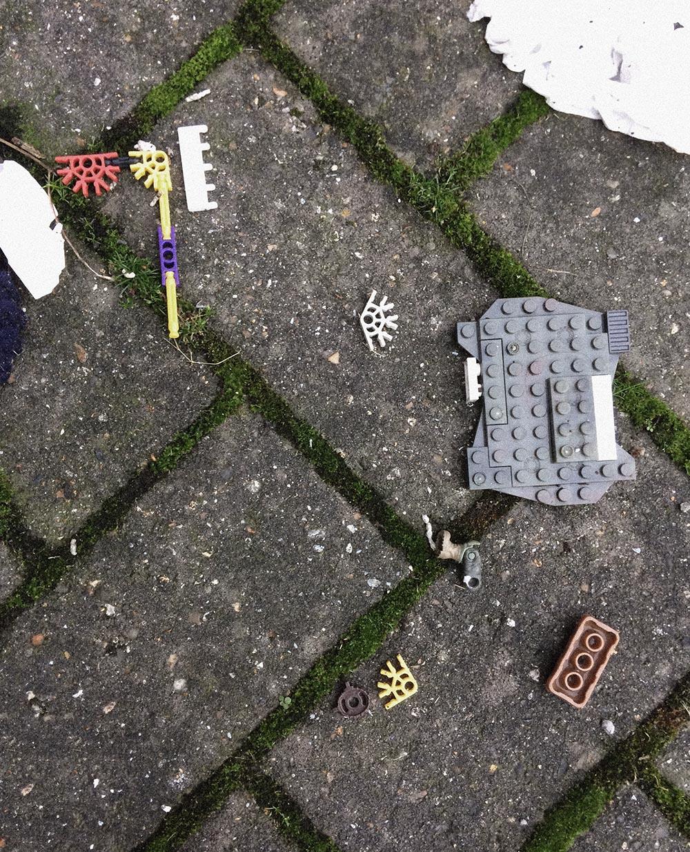 Rubbish - LEGO pieces
