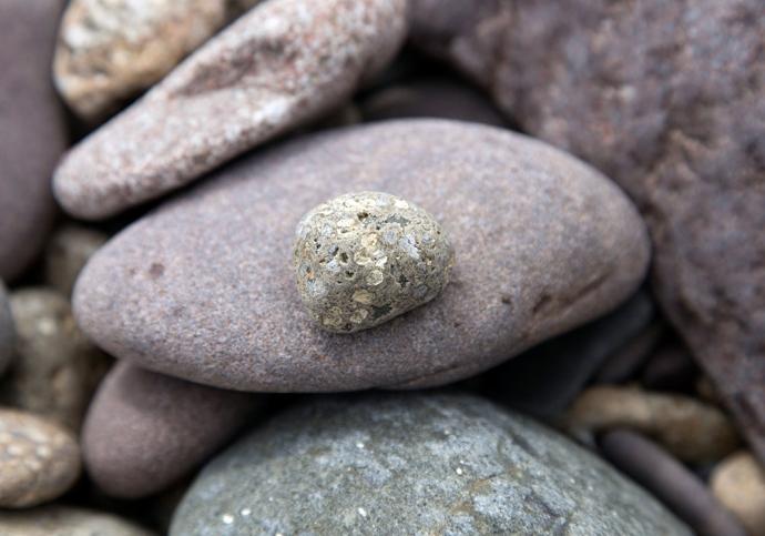 pebbles 16